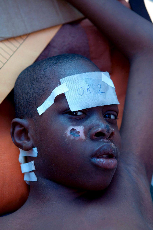11_1r20100118_haiti644.jpg