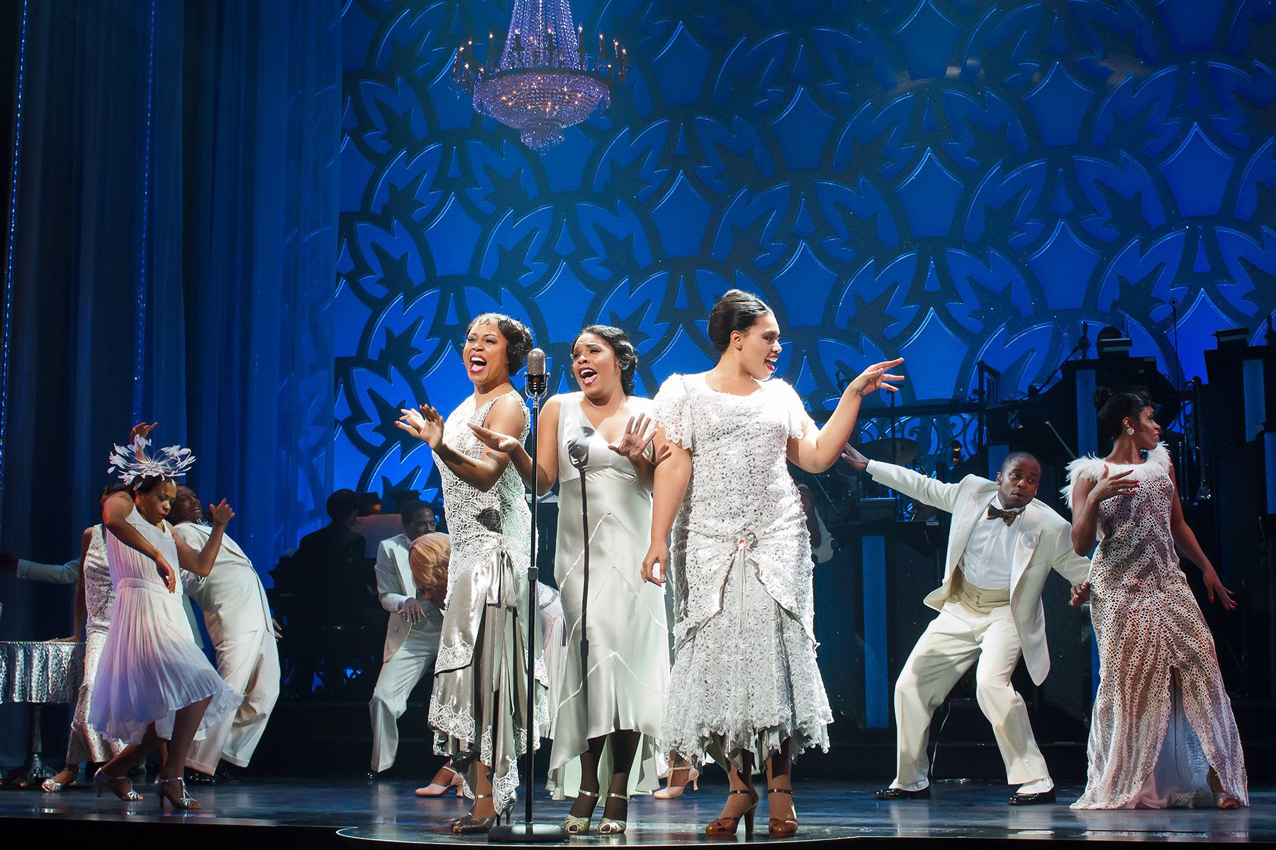 Rosena M. Hill Jackson, Bryonha Marie Parham, Carmen Ruby Floyd, and the rest of the cast perform the finale of Broadway's AFTER MIDNIGHT.