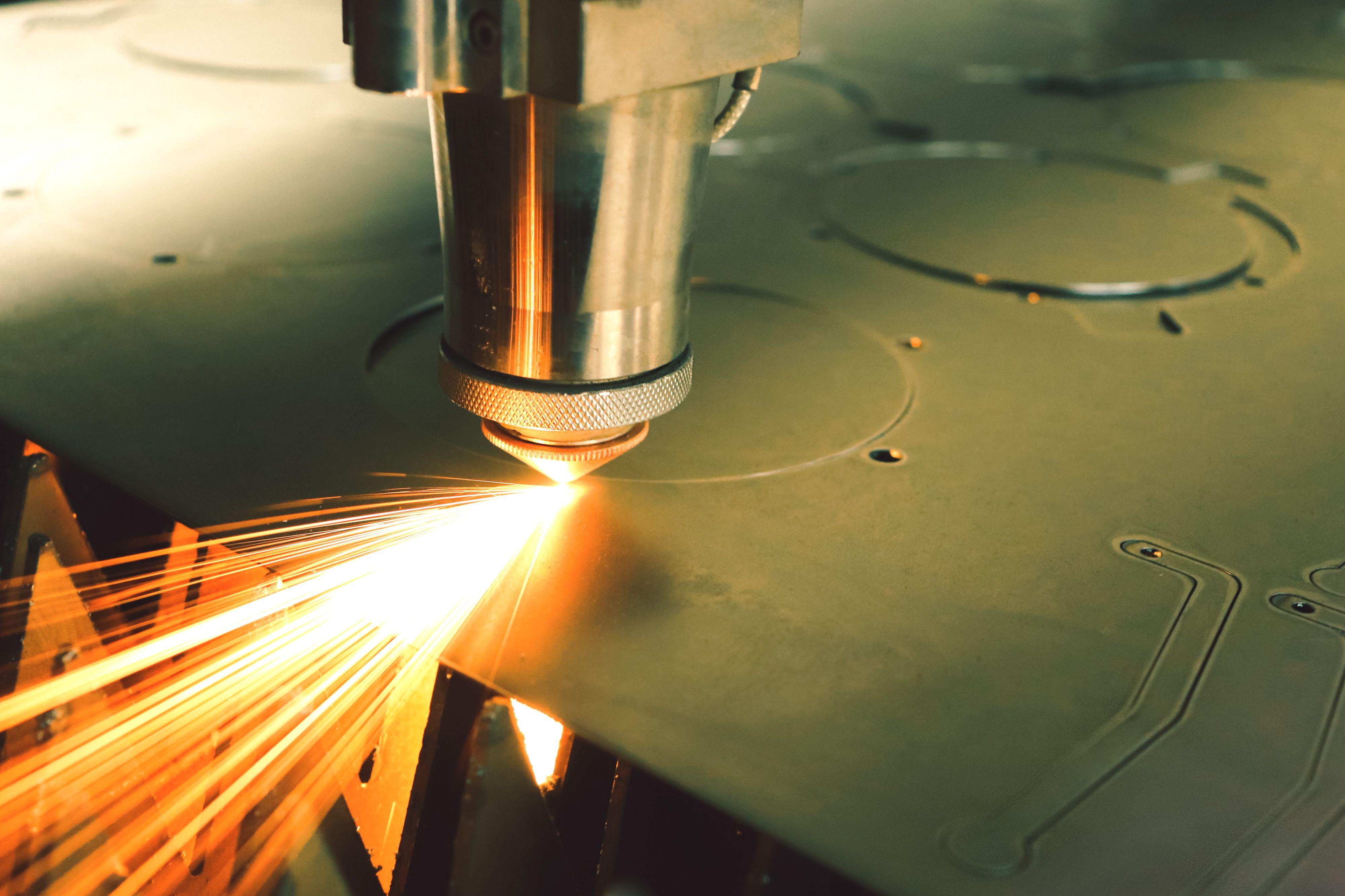 laser-machine-4250794.jpg