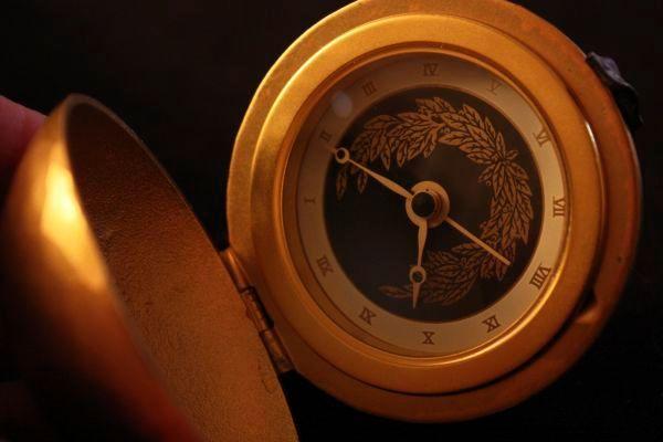 Clock, hommage au lyre
