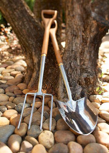 1lrg_garden_tools
