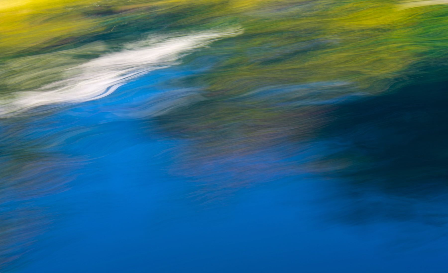 1riverblur1.jpg
