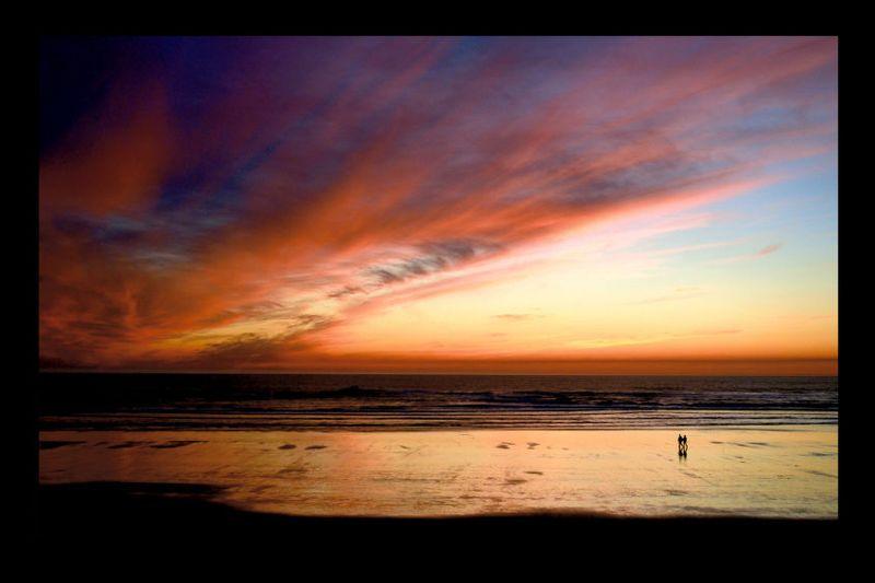 3_0_241_1kaloch_beach.jpg