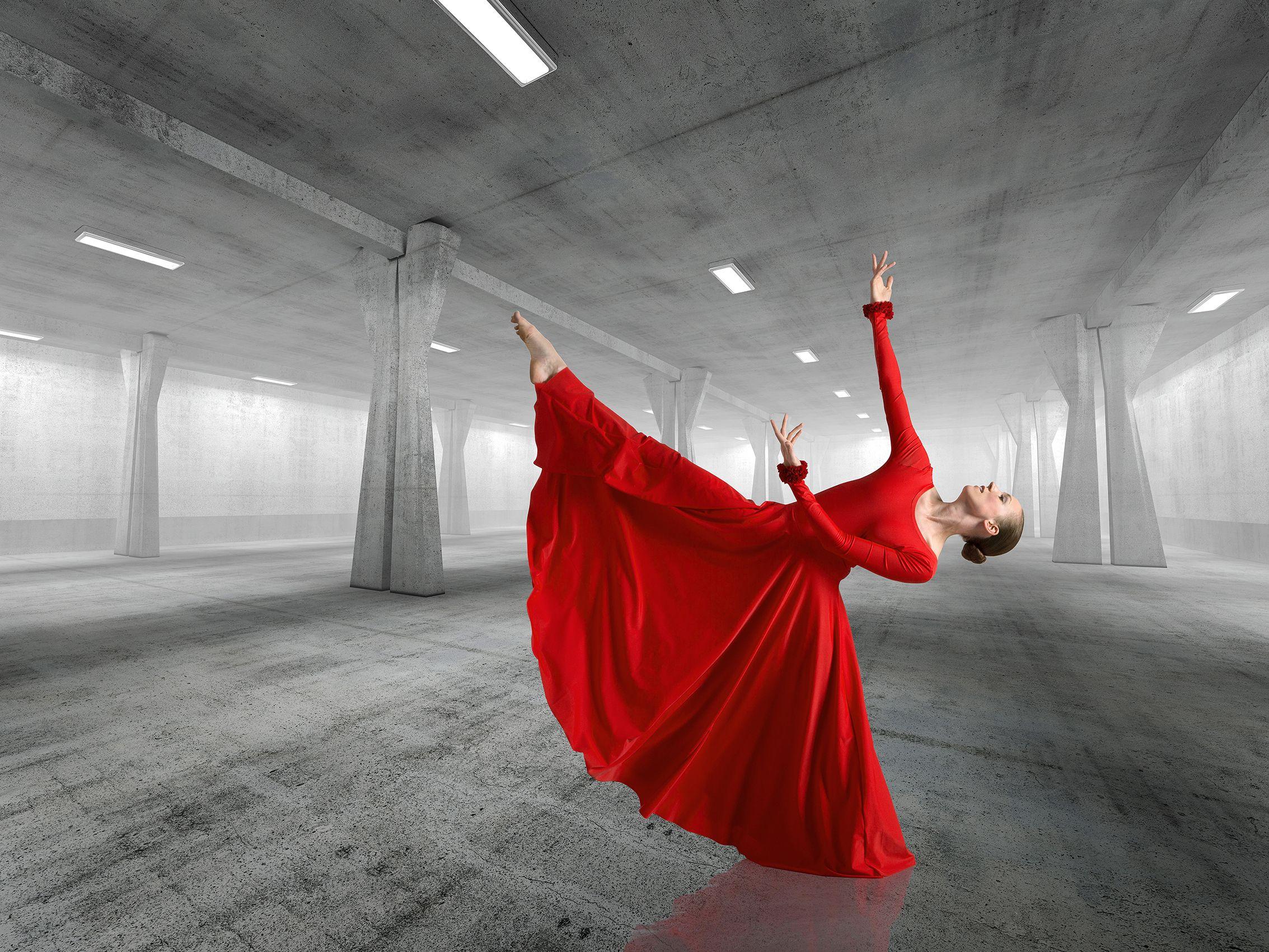 Sarah_Red_Dress_F_W.jpg
