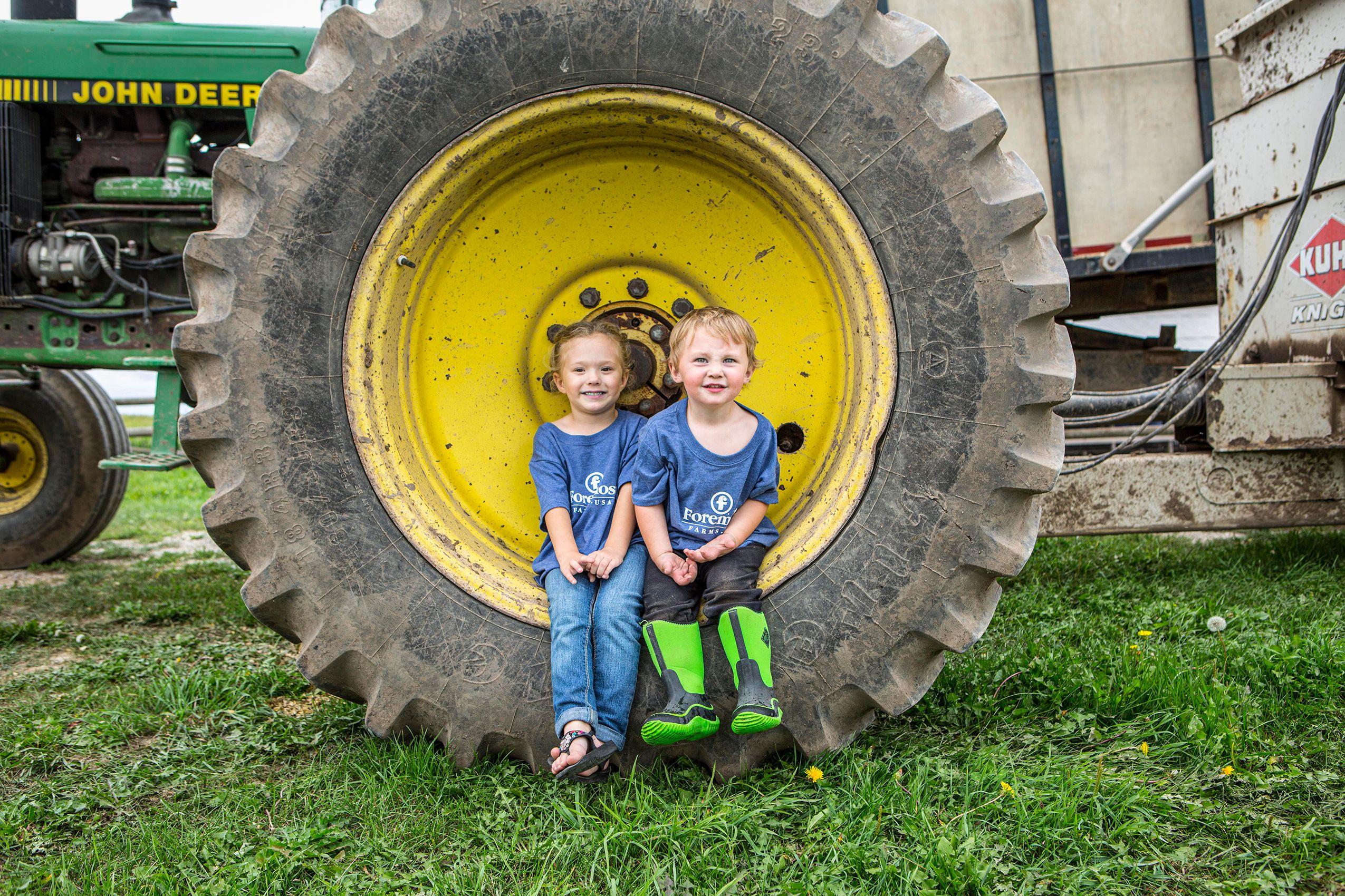 Farm_Kids_HARP1711_F.jpg