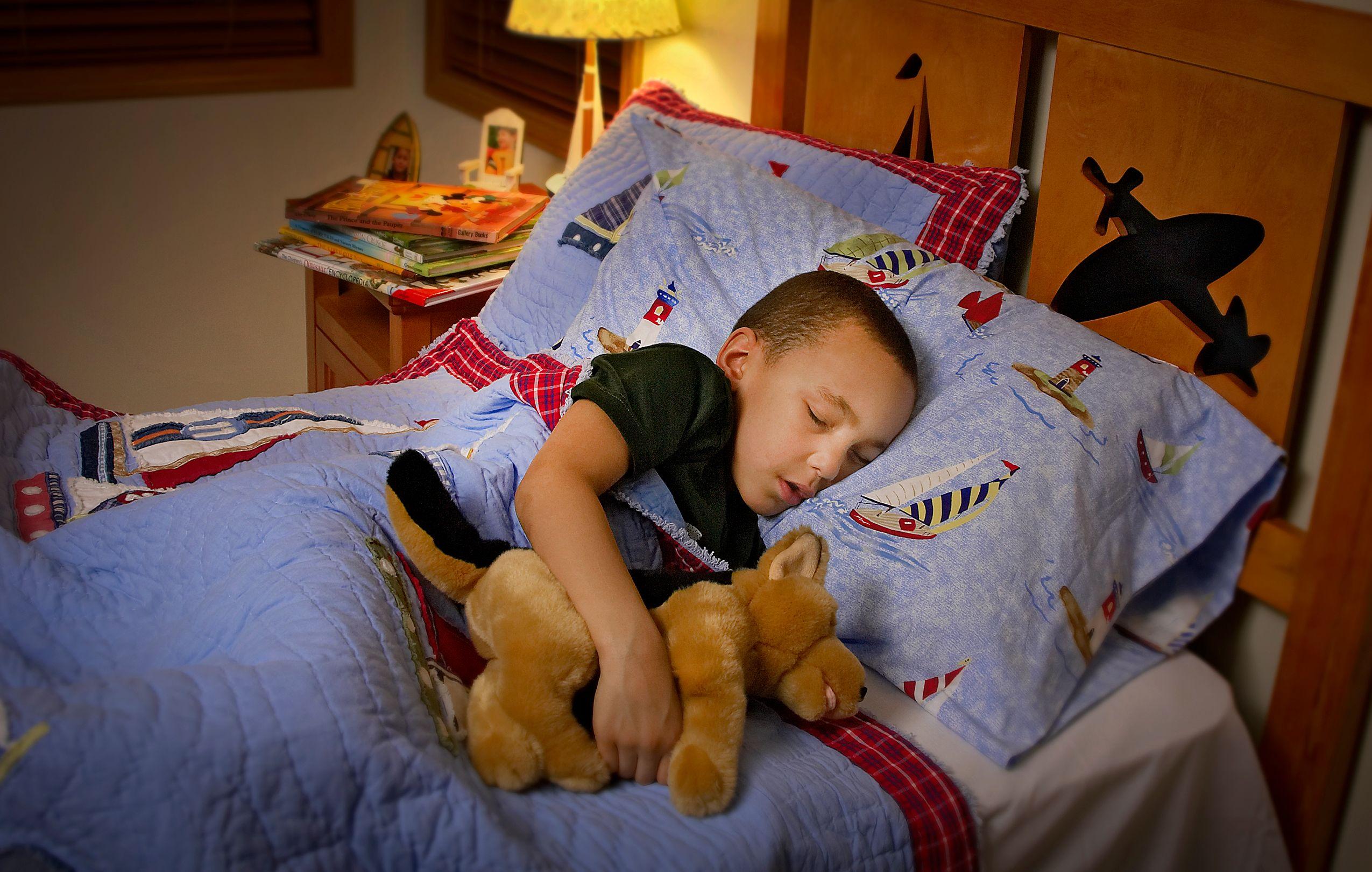 RP_Boy_Sleeping_036480_F.jpg