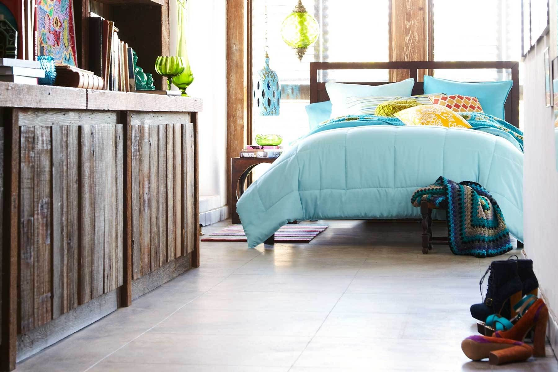1bed_wood_cabinet