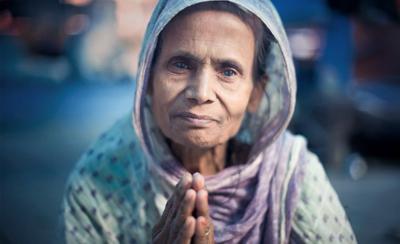 old_woman1_v05.jpg