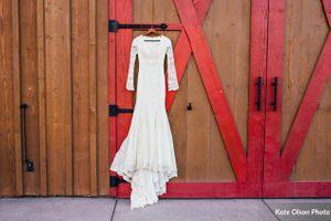 Charming_Barn_Wedding_Quiet_Meadow_Farms_Mapleton_Utah_Dazzling_Dress.jpg
