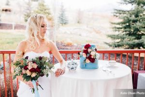 Modern_Vintage_Wedding_Styled_Zermatt_Resort_Midway_Utah_Pale_Blue_Wedding_Cake.jpg