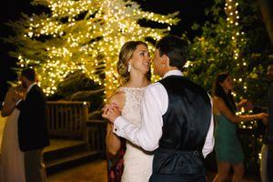 Claire_Scott_Millcreek_Inn_Salt_Lake_City_Utah_Couple_Dancing_Lighted_Pine_Tree.jpg