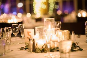 Julia_Mark_Silver_Lake_Lodge_Deer_Valley_Resort_Park_City_Utah_Elegant_Glowing_Candle_Centerpiece.jpg
