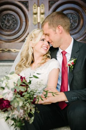 Brianne_Braden_Monument_Park_Stake_Center_Salt_Lake_City_Utah_Bride_Groom_Salt_Lake_Temple_Doors.jpg
