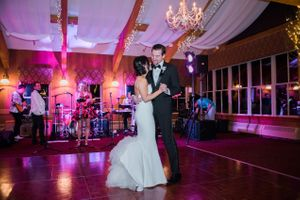 Julia_Mark_Silver_Lake_Lodge_Deer_Valley_Resort_Park_City_Utah_First_Dance_As_Man_and_Wife.jpg