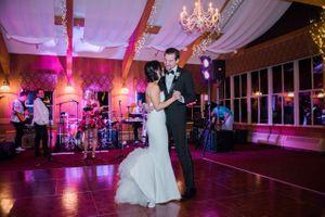 Julia_Mark_Silver_Lake_Lodge_Deer_Valley_Resort_Park_City_Utah_First_Dance_As_Man_and_Wife.jpg