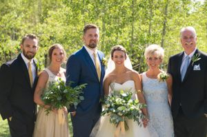 Chelsea_Walker_Red_Cliff_Ranch_Heber_City_Utah_Wedding_Party.jpg
