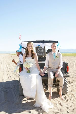 Aspyn_Steven_Bear_Lake_Utah_Couple_on_Beach_Transport.jpg