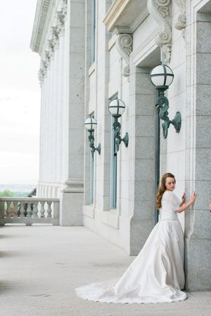 Katelyn_David_Park_City_Utah_Bride_Capitol_Building.jpg