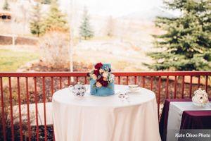 Modern_Vintage_Wedding_Styled_Zermatt_Resort_Midway_Utah_Beautiful_Cake_Beautiful_Setting.jpg