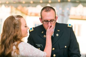 Katelyn_David_Park_City_Utah_Bride_Groom_Feeding_Each_Other_Cake.jpg