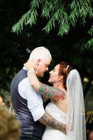 Natalie_Brad_South_Jordan_Utah_Couple_Embrace.jpg