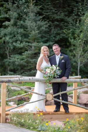 Evelyn_Kevin_Park_City_Utah_Bride_Groom_Wooden_Bridge.jpg