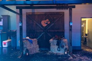 The_Local_Pages_2017_Infinity_Event_Center_Salt_Lake_City_Utah_Custom_Barn_Doors_Guitar.jpg