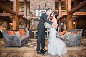 Julia_Mark_Silver_Lake_Lodge_Deer_Valley_Resort_Park_City_Utah_First_Look.jpg