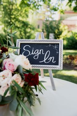 Liz_Jordan_Tracy_Aviary_Salt_Lake_City_Utah_Fresh_Flowers_Sign-in_Table.jpg