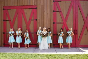 Tori_Sterling_Quiet_Meadow_Farms_Mapleton_Utah_Bride_Bridesmaids_in_Front_of_Barn_Door.jpg