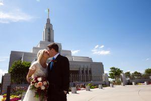 Tori_Sterling_Quiet_Meadow_Farms_Mapleton_Utah_Bride_Groom_Kissing_Temple.jpg