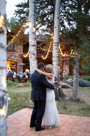 Evelyn_Kevin_Park_City_Utah_First_Dance.jpg