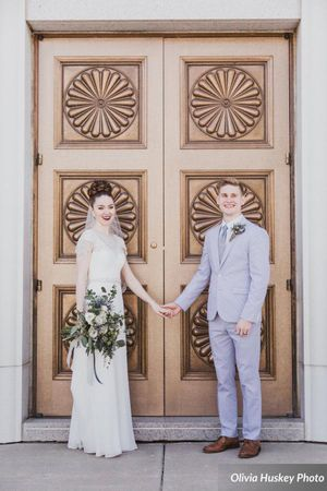 Lexie_Neil_Utah_State_Capitol_Salt_Lake_City_Utah_Bride_Groom_Holding_Hands_Bountiful_Temple.jpg