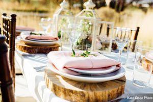 Charming_Barn_Wedding_Quiet_Meadow_Farms_Mapleton_Utah_Wooden_Charger_Table_Setting.jpg