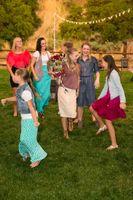 Tori_Sterling_Quiet_Meadow_Farms_Mapleton_Utah_Bride's_Bouquet_Caught.jpg