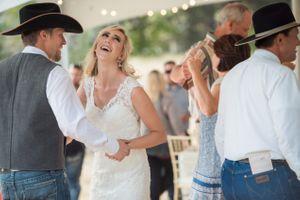 Kristin_Haven_Blacksmith_Fork_Canyon_Hyrum_Utah_Couple_Dancing_After_Wedding.jpg