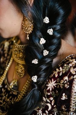 Reema_Spencer_Temple_Har_Shalom_Park_City_Utah_Bride_Hair_Detail.jpg