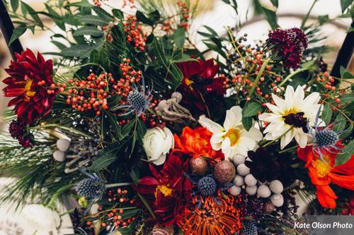 Romantic_Winter_Shoot_Vivid_Centerpiecejpg