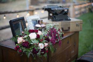 Tori_Sterling_Quiet_Meadow_Farms_Mapleton_Utah_Vignette_Table.jpg