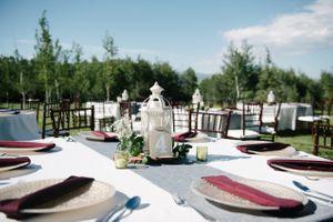 Reema_Spencer_Temple_Har_Shalom_Park_City_Utah_Outdoor_Table_Setting_White_Lanterns.jpg