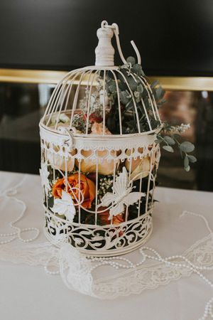 Tea_Party_Baby_Shower_Provo_Utah_Flowers_in_Birdcage.jpg