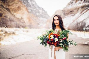 Romantic_Winter_Shoot_Bride_Vivid_Flowers.jpg