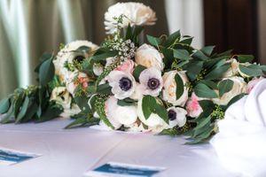 Ilana_Dave_Stein_Eriksen_Lodge_Deer_Valley_Park_City_Utah_Details_Reception_Dinner_Table_Pastel_Centerpiece.jpg