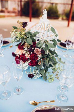 Modern_Vintage_Wedding_Styled_Zermatt_Resort_Midway_Utah_Flowers_Birdcage.jpg