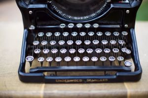 Tori_Sterling_Quiet_Meadow_Farms_Mapleton_Utah_Antique_Manual _Typewriter.jpg