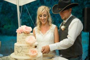 Kristin_Haven_Blacksmith_Fork_Canyon_Hyrum_Utah_Cutting_Cake.jpg