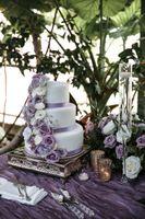 Elegant Pastel Violet Cake