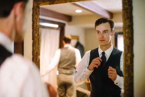 Claire_Scott_Millcreek_Inn_Salt_Lake_City_Utah_Groom_Getting_Ready.jpg