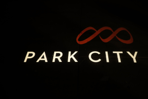 Felicia_Jared_Park_City_Mountain_Resort_Sign.jpg