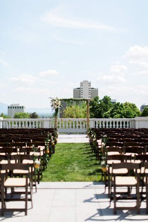 Tessa_Taani_Utah_State_Capitol_Salt_Lake_City_Utah_Detail_Perfectly_Set_Ceremony_Pineapple_Accents.jpg